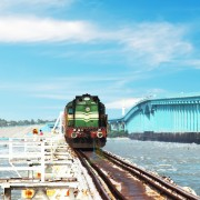 rameshwaram-railway-bridge-train-crossing